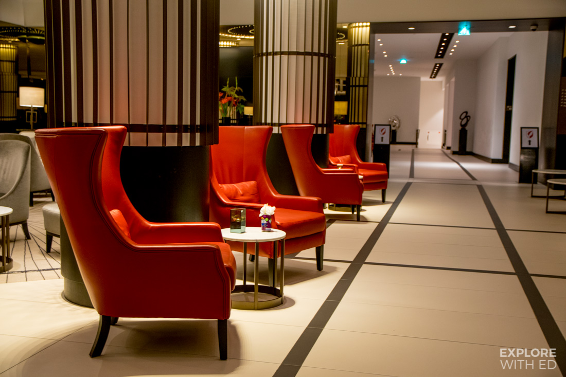 Luxury hotel in central Amsterdam near train station and canals