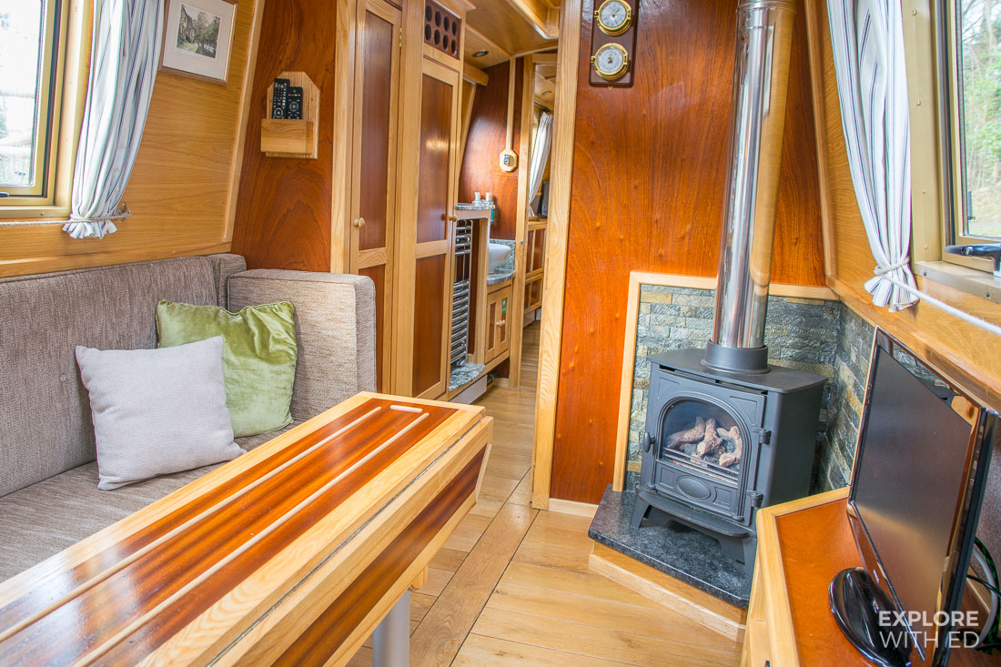 Living and dining area on Buzzard narrowboat
