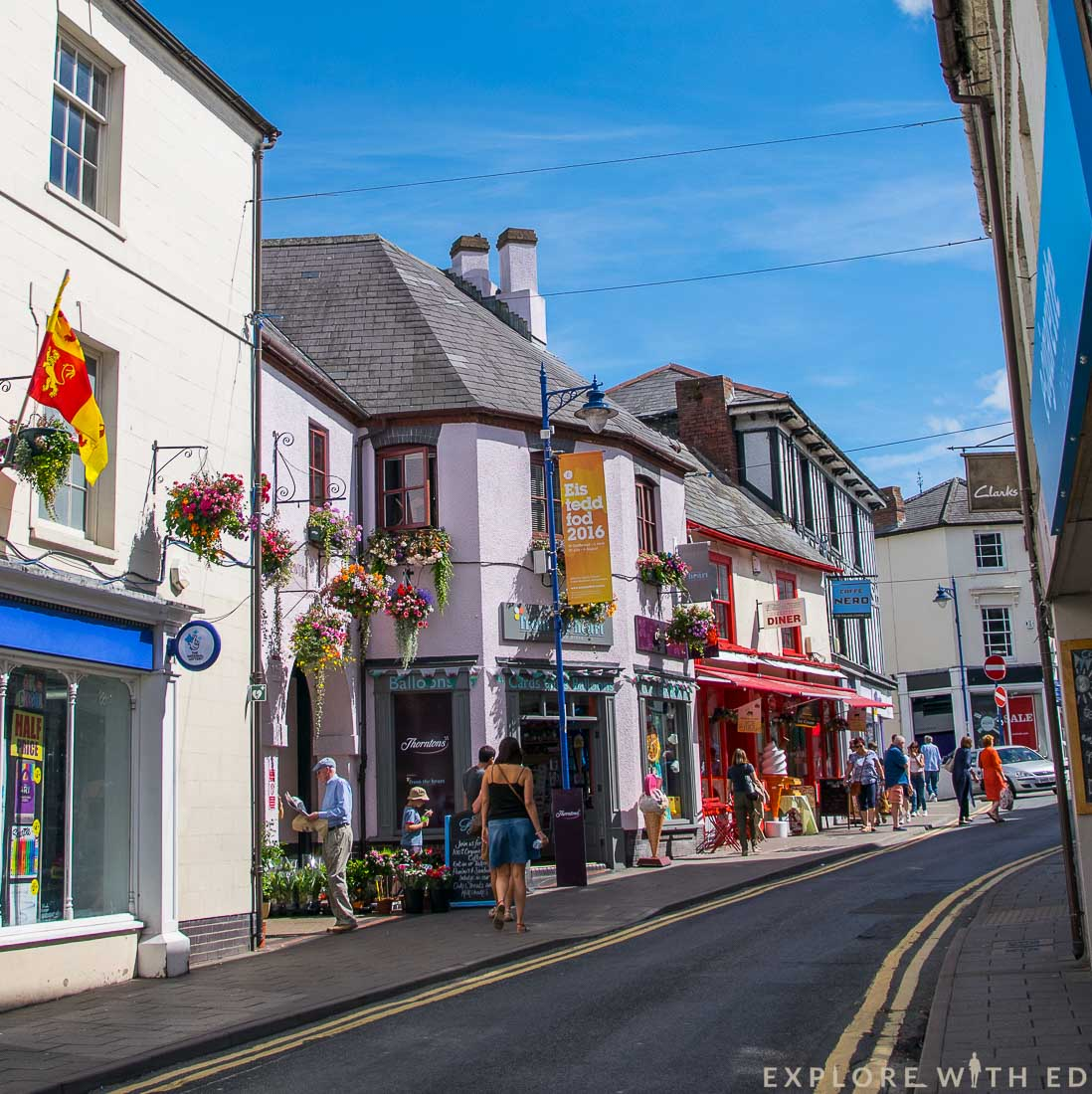Shopping in Abergavenny town centre