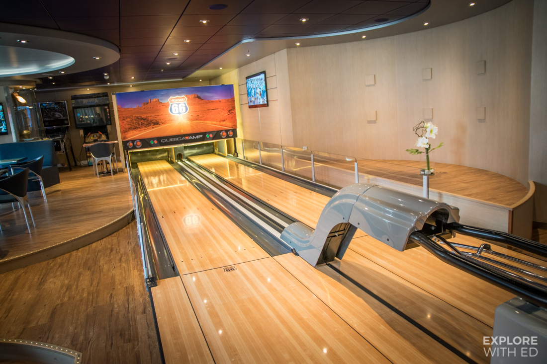 Sports bar with bowling alley MSC Preziosa