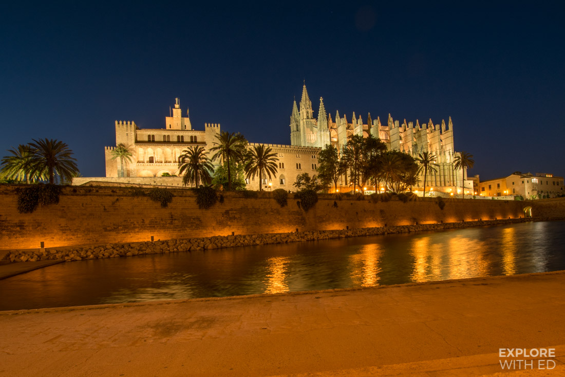 Palma de Mallorca Cathedral and Fortress at night