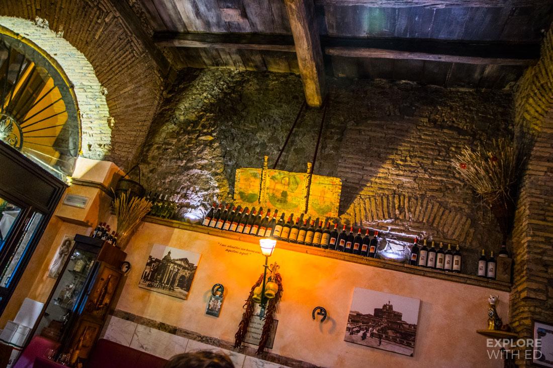 Historical restaurant in Rome