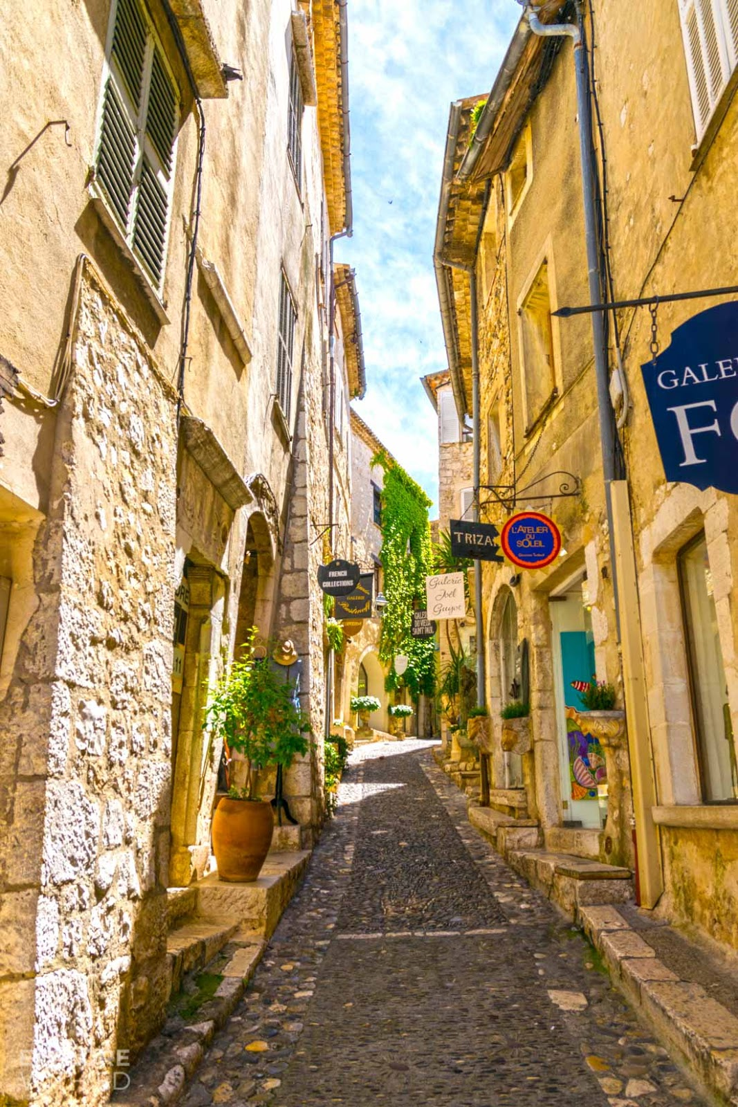 Narrow cobbled streets in Saint Paul de Vence